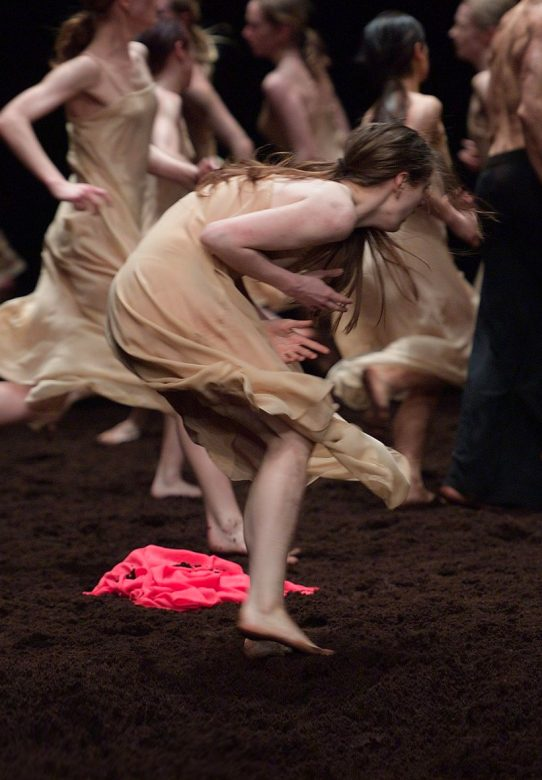 Pina-Bausch's-Le-Sacre-du-printemps-by-English-National-Ballet-(c)-Laurent-Liotardo-(2)-2500px