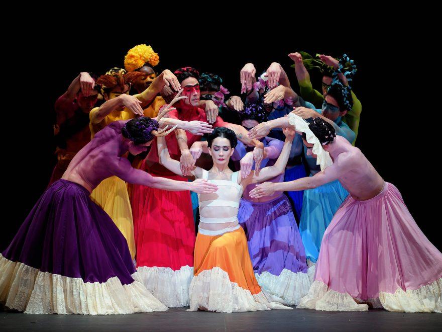 Tamara-Rojo-as-Frida-in-Broken-Wings-by-Annabelle-Lopez-Ochoa-(c)-Laurent-Liotardo-(3)