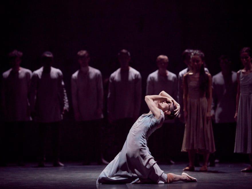Alina-Cojocaru-in-Akram-Khan's-Giselle-(c)-Laurent-Liotardo