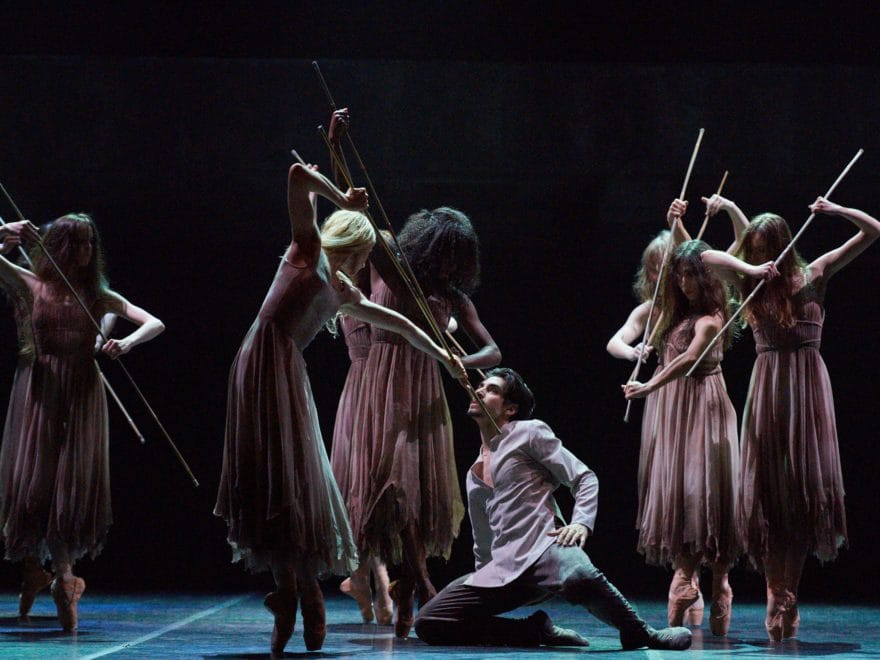 Cesar-Corrales-and-Stina-Quagebeur-in-Akram-Khan's-Giselle-(c)-Laurent-Liotardo
