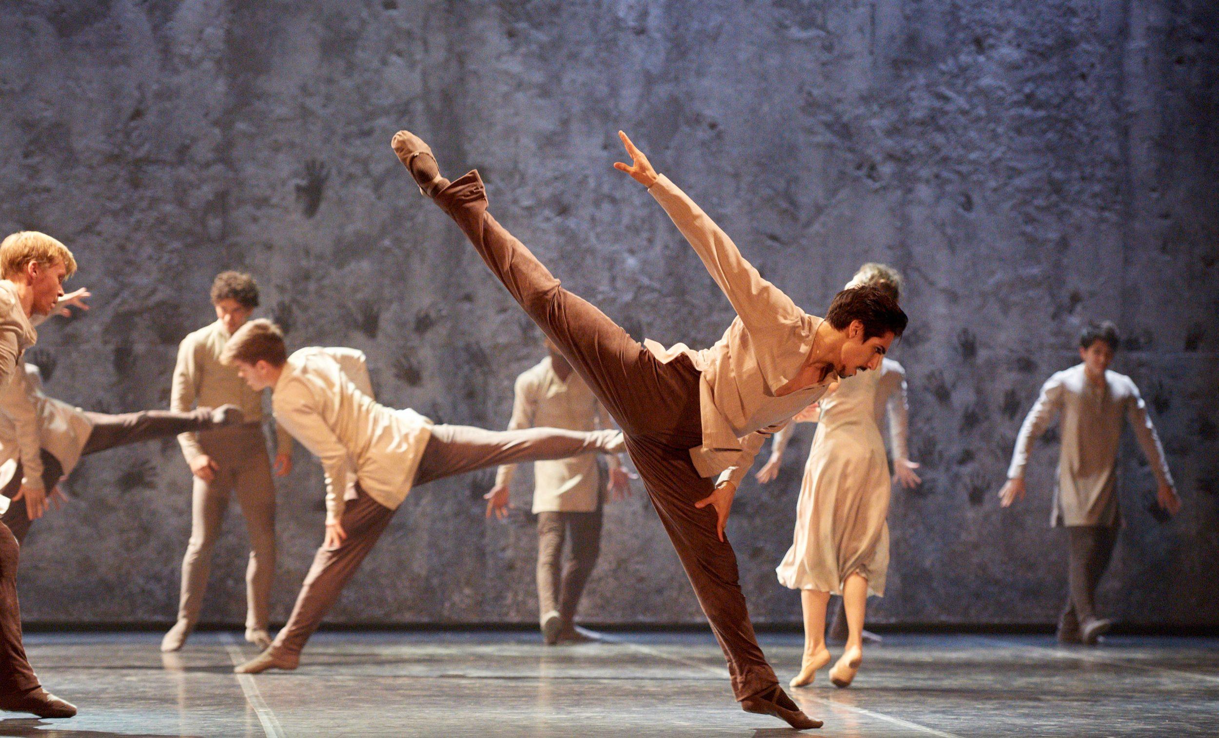 Cesar-Corrales-in-Akram-Khan's-Giselle-(c)-Laurent-Liotardo