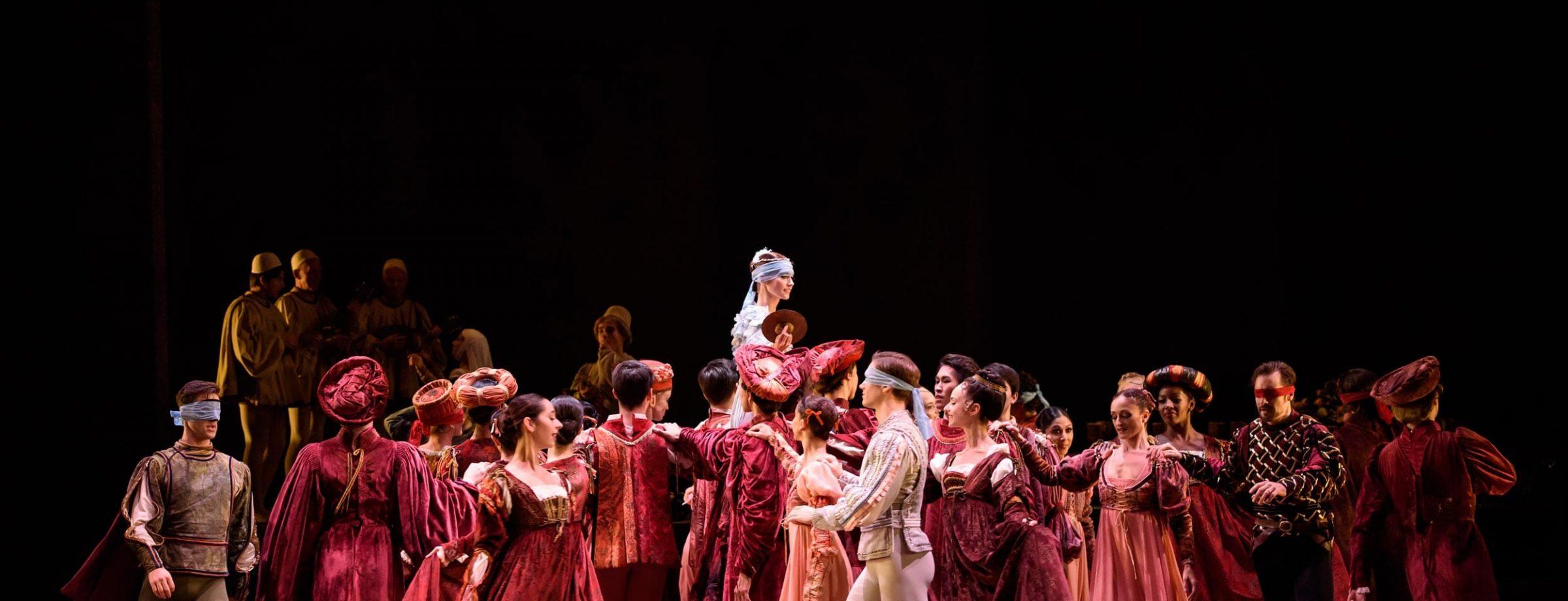 English-National-Ballet-dancers-in-Romeo-&-Juliet-©Bill-Cooper-(4)