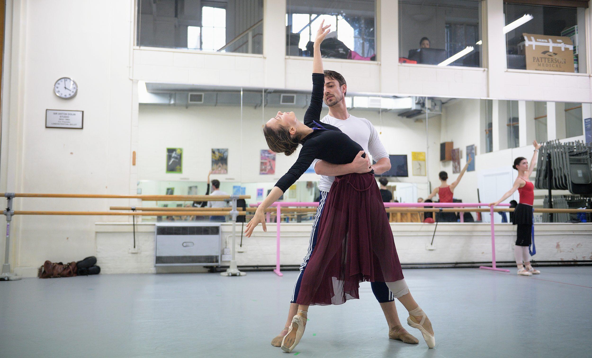 Katja Khaniukova and Fernando Bufala rehearsing Adagio Hammerklavier