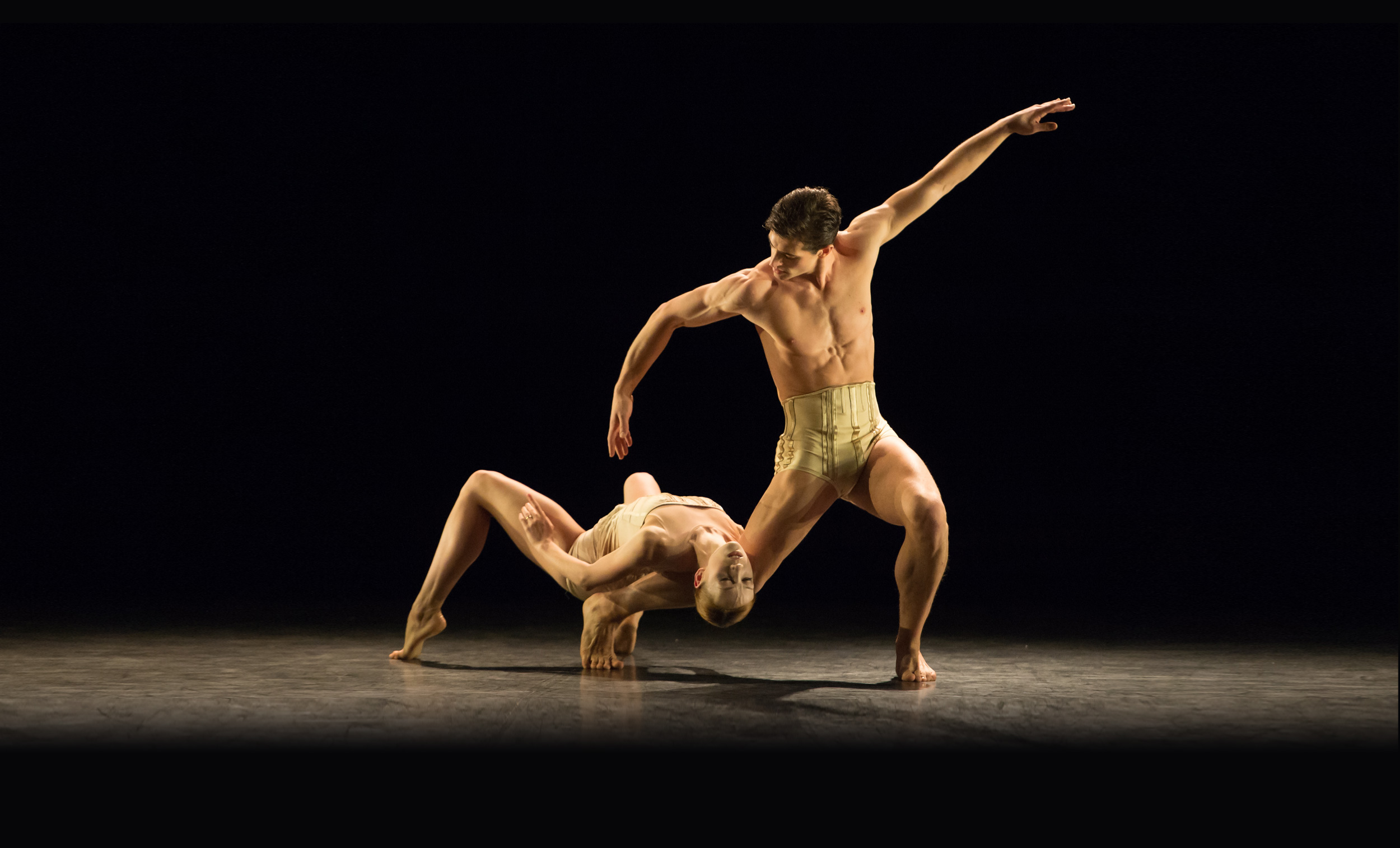 Petite-Mort Ksenia Ovsyanick and James Forbat © Photography by ASH