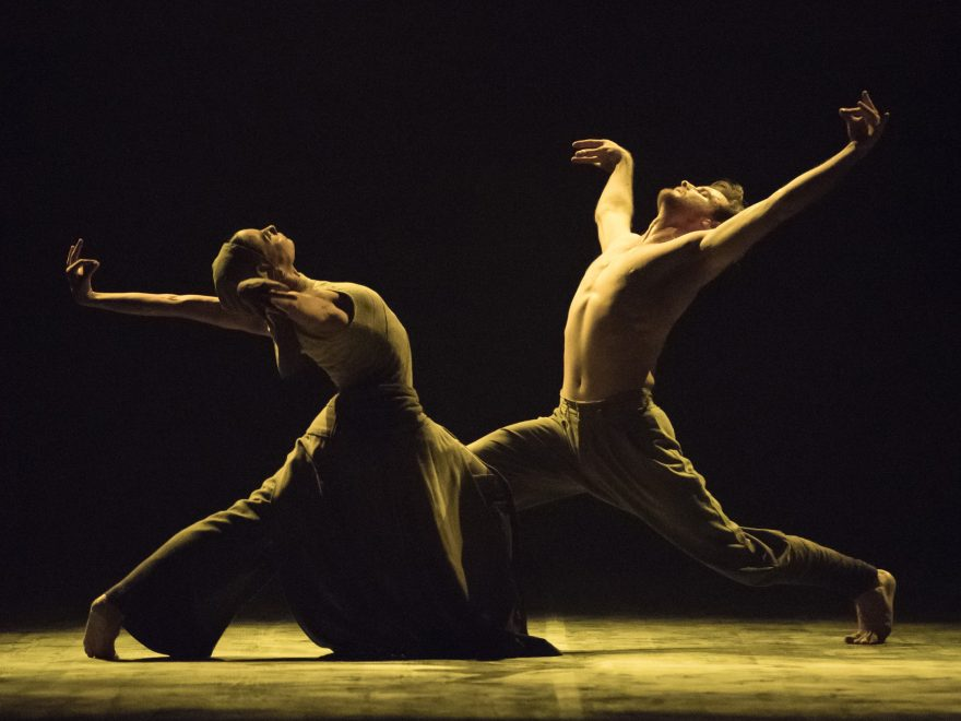Tamara-Rojo-and-James-Streeter-in-Dust-by-Akram-Khan-part-of-English-National-Ballet's-Lest-We-Forget-(C)-Photography-by-ASH-(3)