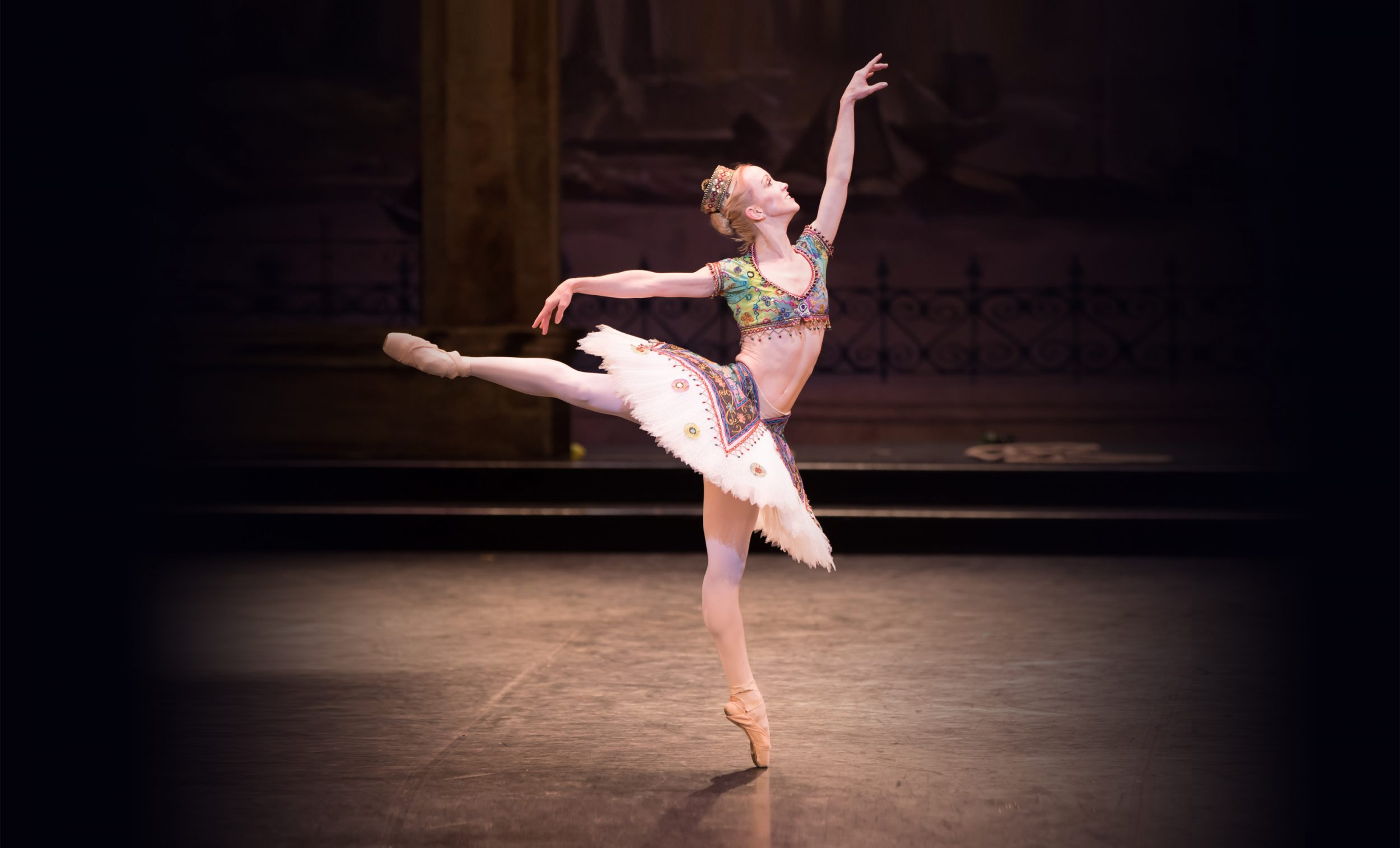 Tiffany-Hedman-in-English-National-Ballet's-Le-Corsaire-(C)-Photography-by-ASH