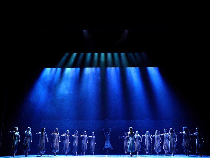 WEB-English-National-Ballet-in-Akram-Khan's-Giselle-(c)-Laurent-Liotardo-(4)