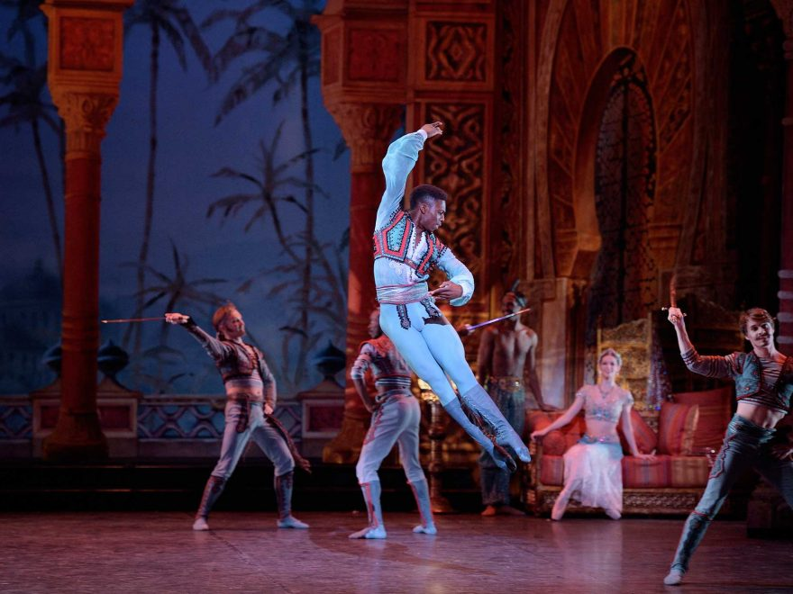 Brooklyn-Mack-as-Conrad-in-Le-Corsaire-(c)-Laurent-Liotardo