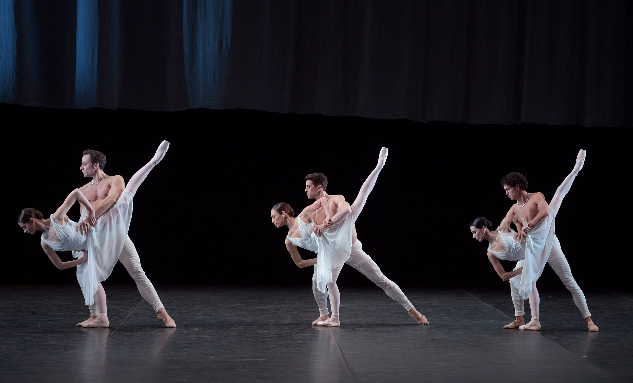 English-National-Ballet-in-Adagio-Hammerklavier(c)-Laurent-Liotardo-(2)-2500px
