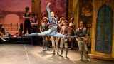 Francesco-Gabriele-Frola-as-Conrad-in-English-National-Ballet's-Le-Corsaire-(c)-Laurent-Liotardo
