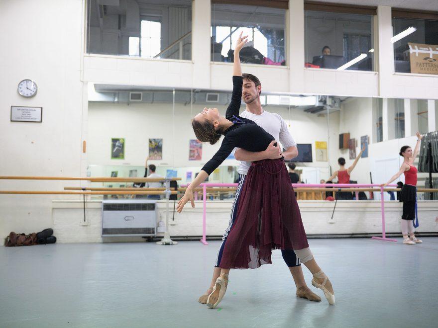 Katja-Khaniukova-and-Fernando-Bufala-rehearsing-Adagio-Hammerklavier-(c)-Laurent-Liotardo--(2)