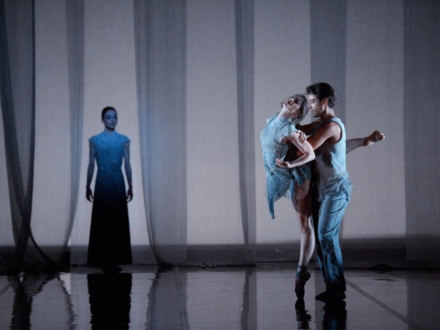 Laurretta-Summerscales,-Madison-Keesler,-and-Fernando-Bufala-in-M-Dao-by-Yabin-Wang-(c)-Laurent-Liotardo