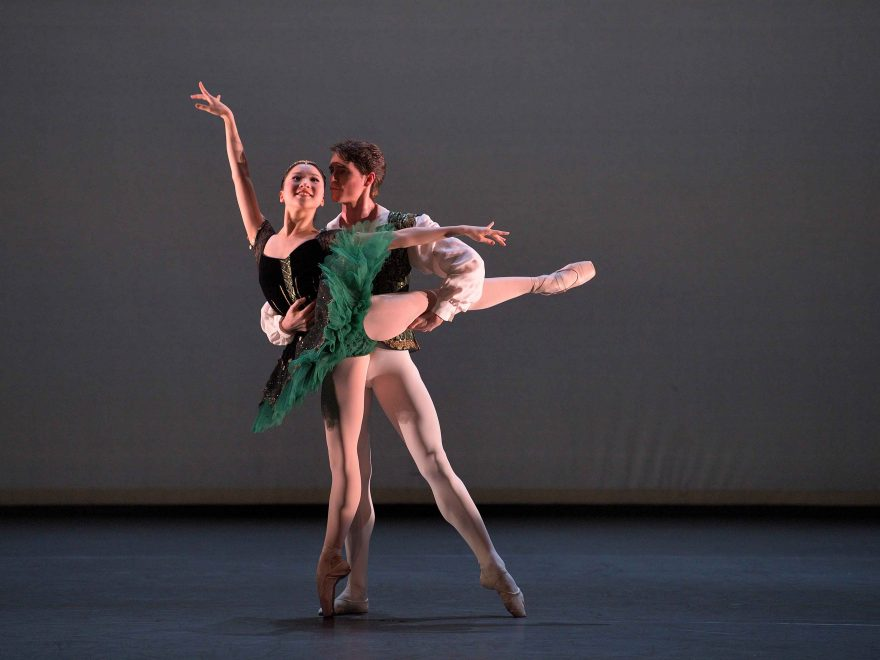 Rina-Kanehara-and-Aitor-Arrieta-performing-the-Esmeralda-pas-de-deux-©-Laurent-Liotardo-(1)