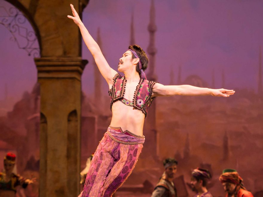 Ken-Saruhashi-in-English-National-Ballet's-Le-Corsaire-(C)-Photography-by-ASH