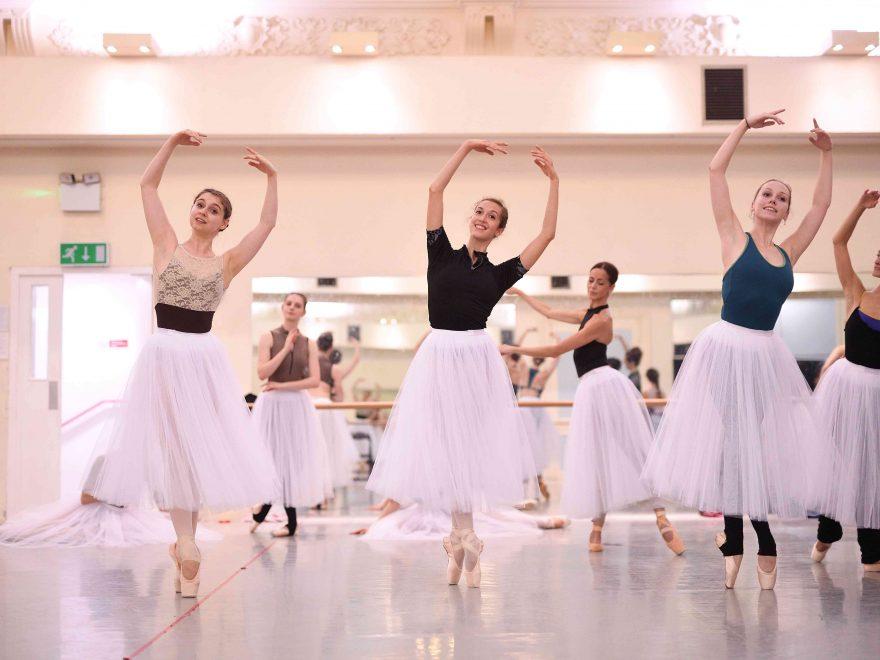 English-National-Ballet-dancers-rehearsing-La-Sylphide-©-Laurent-Liotardo