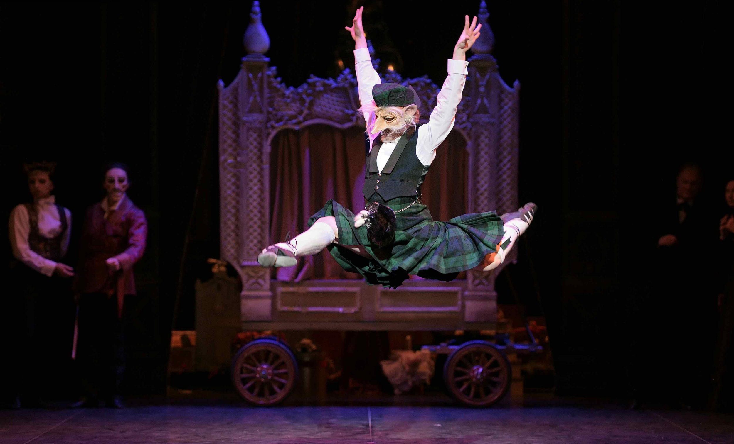Rhys-Yeomans-as-the-Old-Man-in-English-National-Ballet's-Nutcracker-©-Laurent-Liotardo