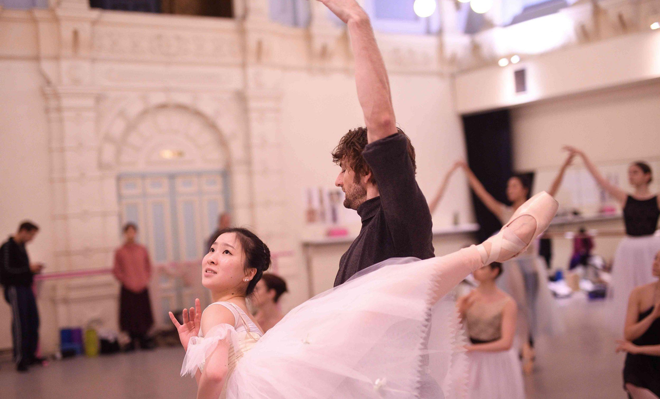 Rina-Kanehara-and-Aaron-Robison-rehearsing-La-Sylphide-©-Laurent-Liotardo