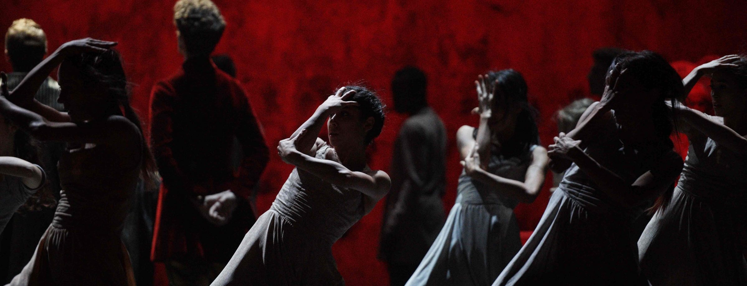 English-National-Ballet-in-Akram-Khan's-Giselle-(c)-Laurent-Liotardo-(2)