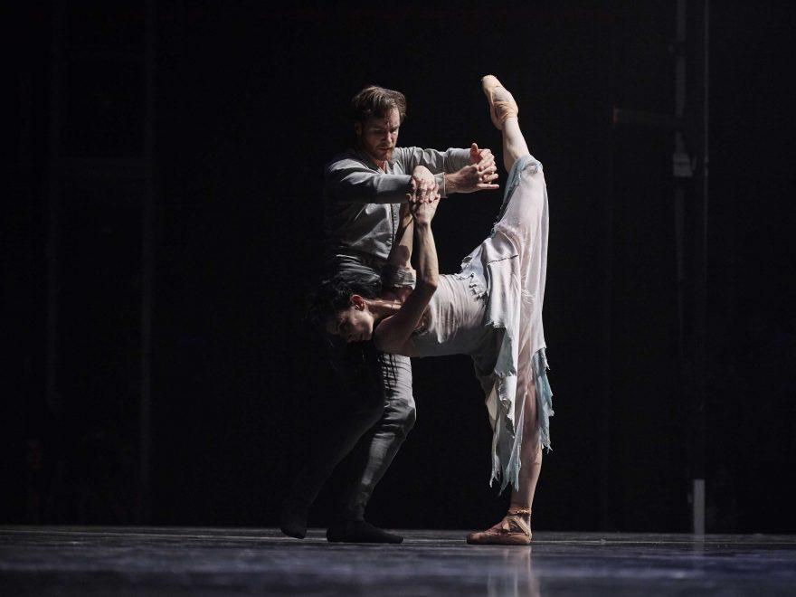 Tamara-Rojo-and-James-Streeter-in-Akram-Khan's-Giselle-(C)-Laurent-Liotardo-(3)