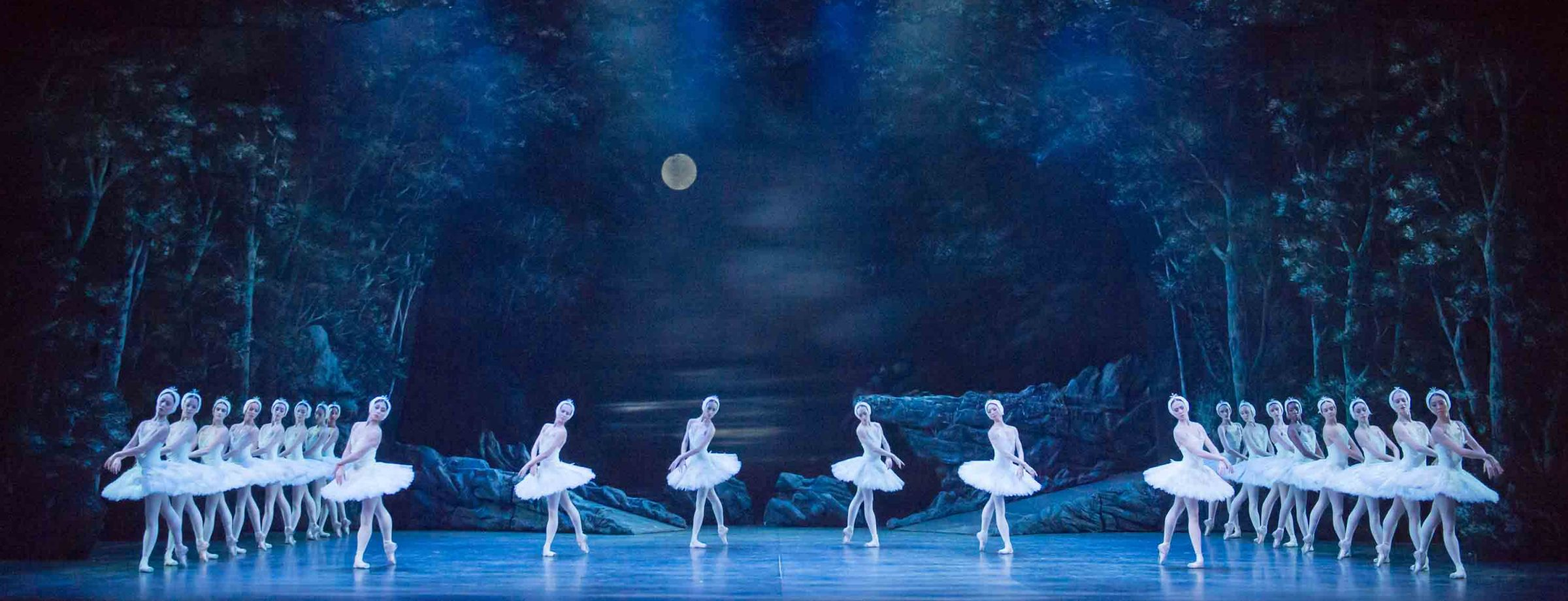 English-National-Ballet's-Swan-Lake-(C)-Photography-by-ASH-(8)