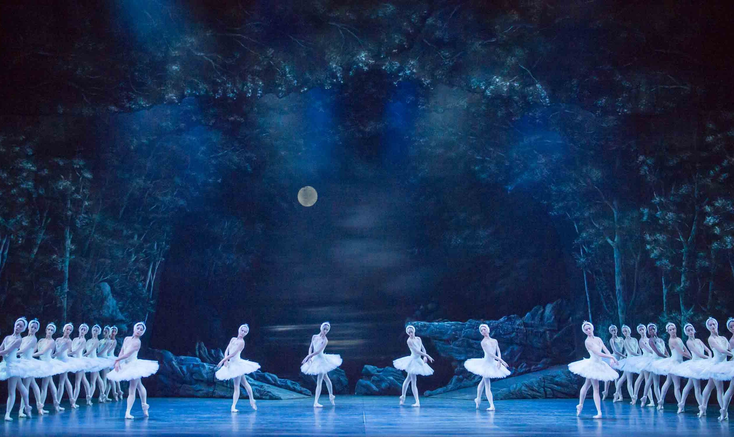 English-National-Ballet's-Swan-Lake-(C)-Photography-by-ASH-(8)