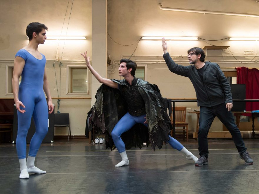 Victor-Gonzales-Perez,-Valerio-Zaffalon-and-Antonio-Castilla-in-rehearsals-for-My-First-Ballet-Swan-Lake-(c)-Photo-ASH