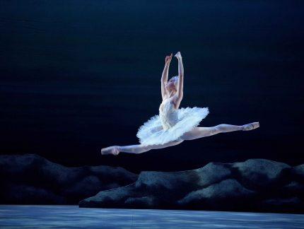 Chloe Keneally on dancing role of Odette in My First Ballet: Swan Lake