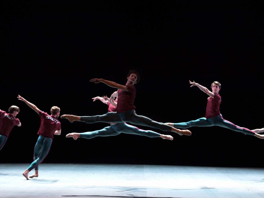 English-National-Ballet-in-Playlist-(Track-1,2)-by-William-Forsythe-2