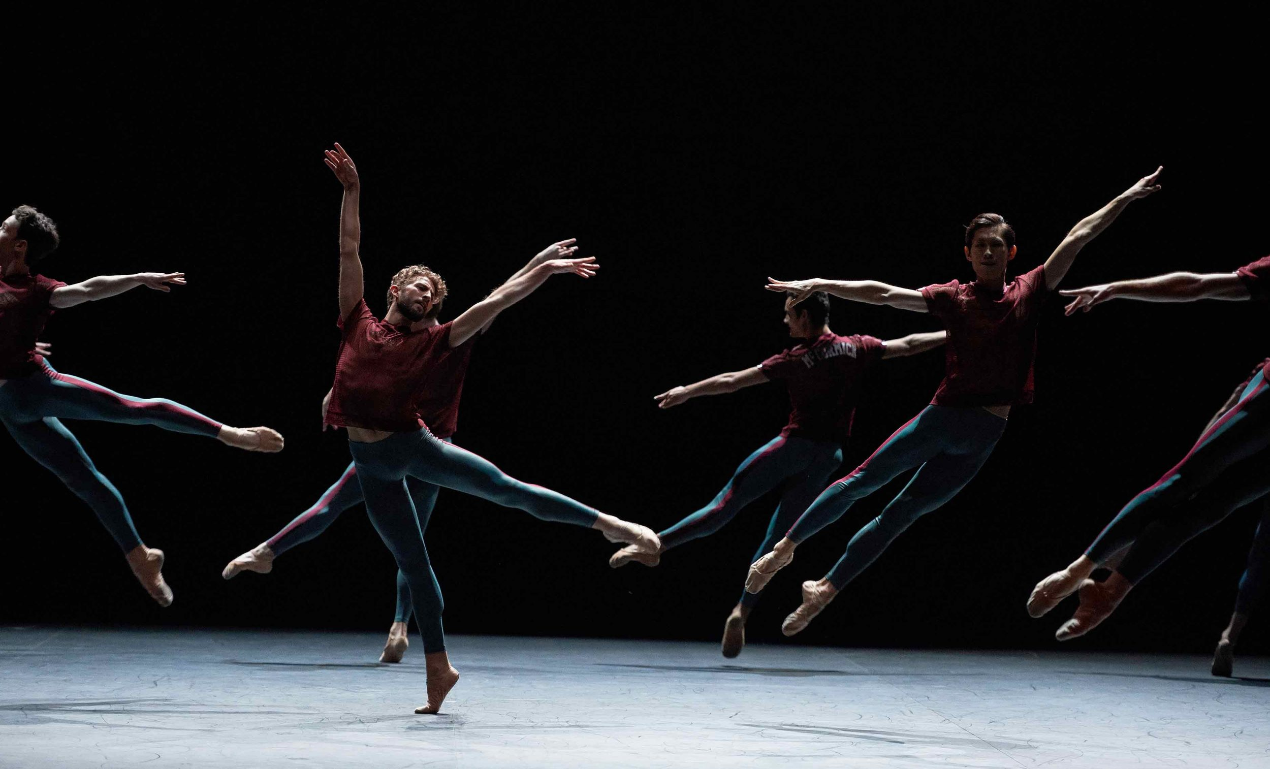 Giorgio-Garrett-and-English-National-Ballet-in-Playlist-(Track-1,2)-by-William-Forsythe