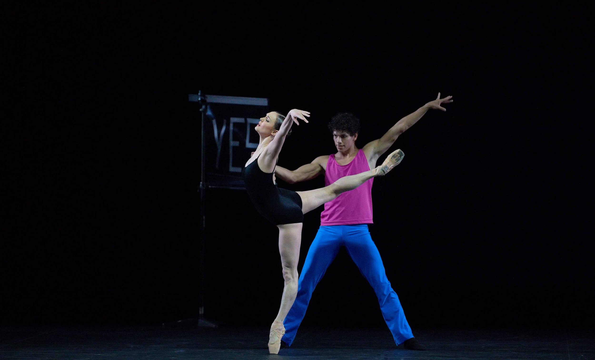 Jurgita-Dronina-and-Isaac-Hernandez-in-Approximate-Sonata-2016-by-William-Forsythe2