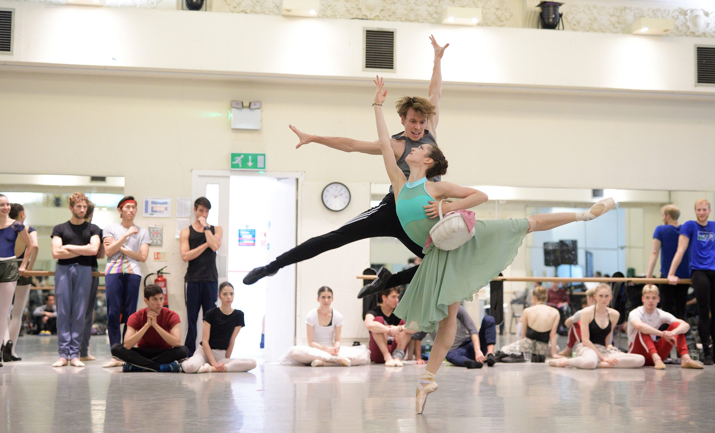 Alice Bellini and Joshua McSherry-Grey rehearsing The Sleeping Beauty © Laurrent Liotardo_WEB