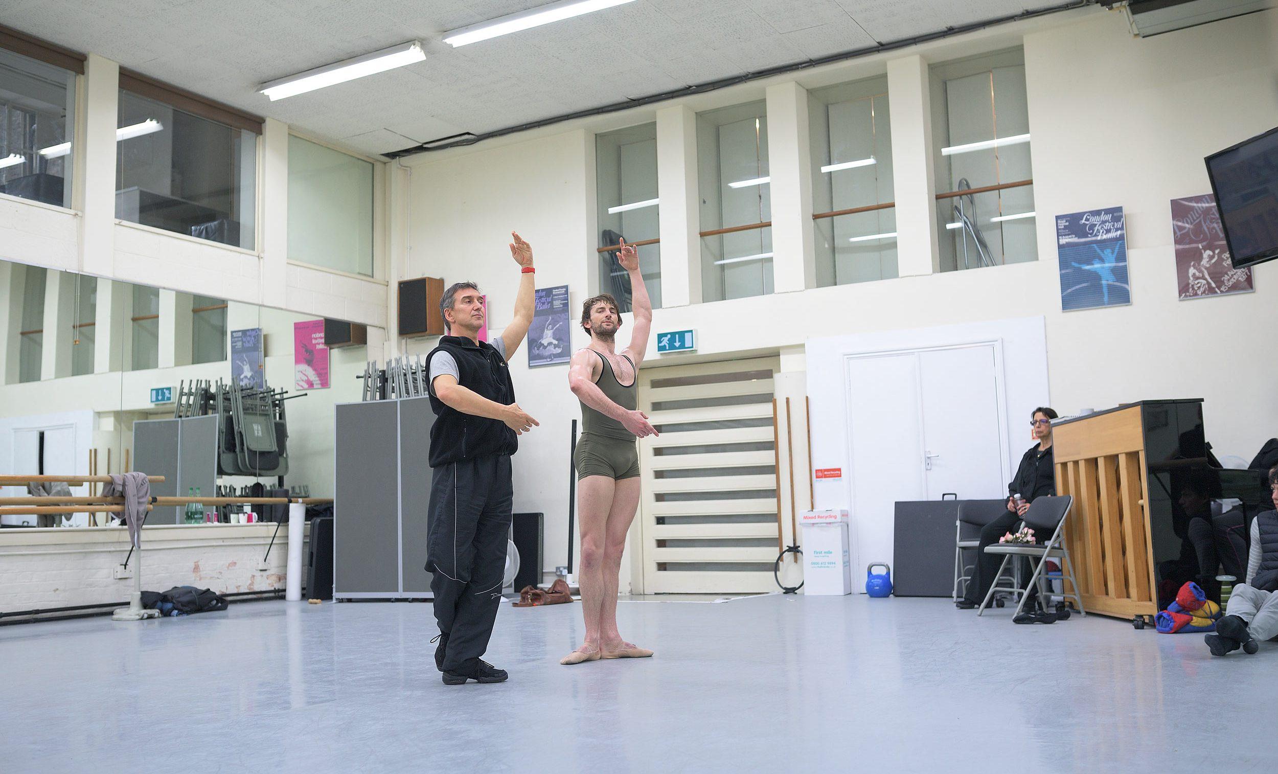 Julio Bocca and Aaron Robison rehearsing The Sleeping Beauty © Laurent Liotardo