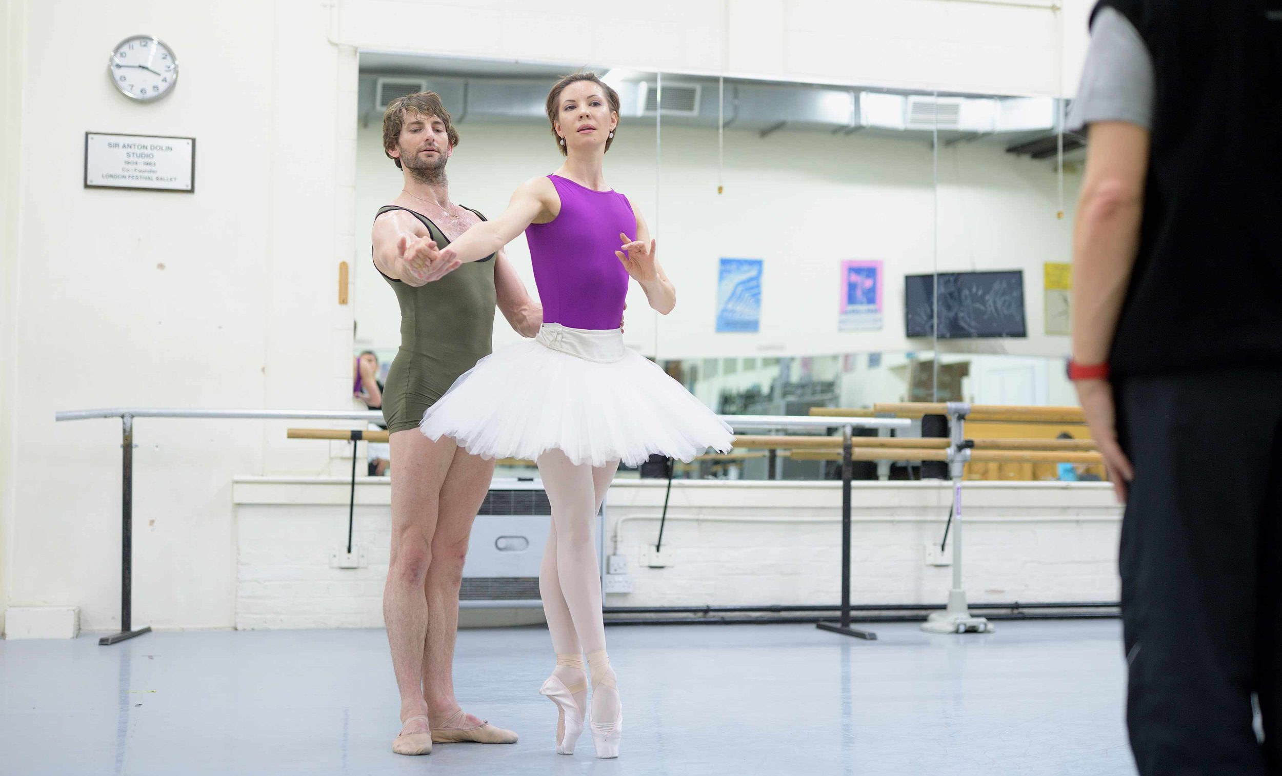 Maria-Alexandrova-and-Aaron-Robison-rehearsing-The-Sleeping-Beauty-©-Laurent-Liotardo-(1)