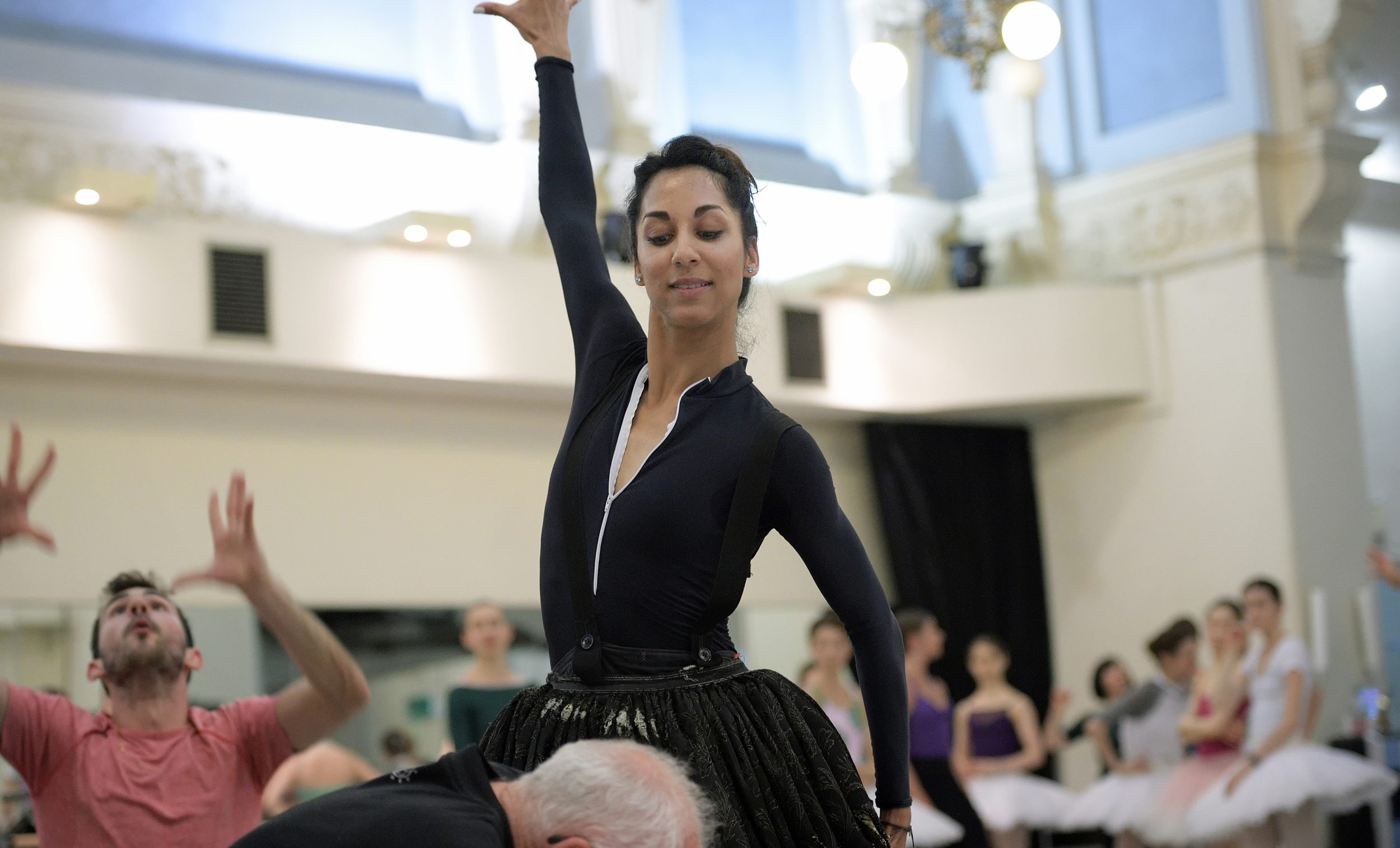 Sarah Kundi rehearsing The Sleeping Beauty © Laurent Liotardo (1)_WEB