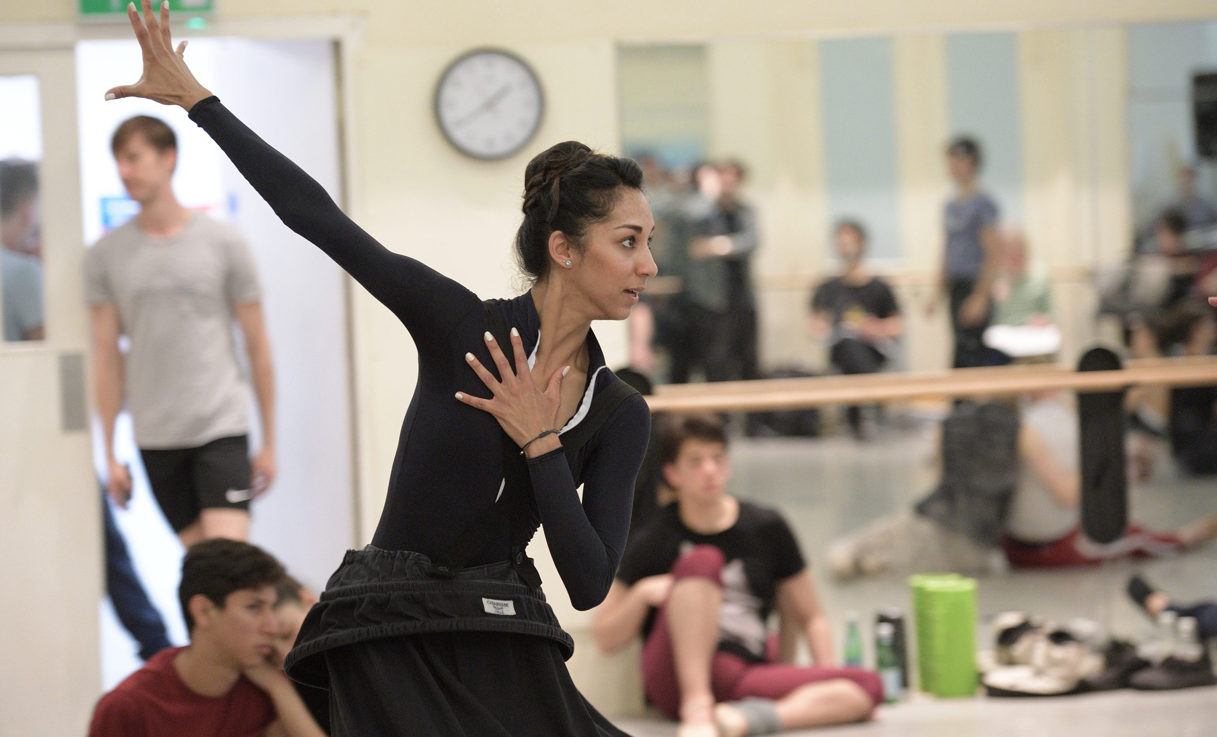 Sarah Kundi rehearsing The Sleeping Beauty © Laurent Liotardo (3)_WEB