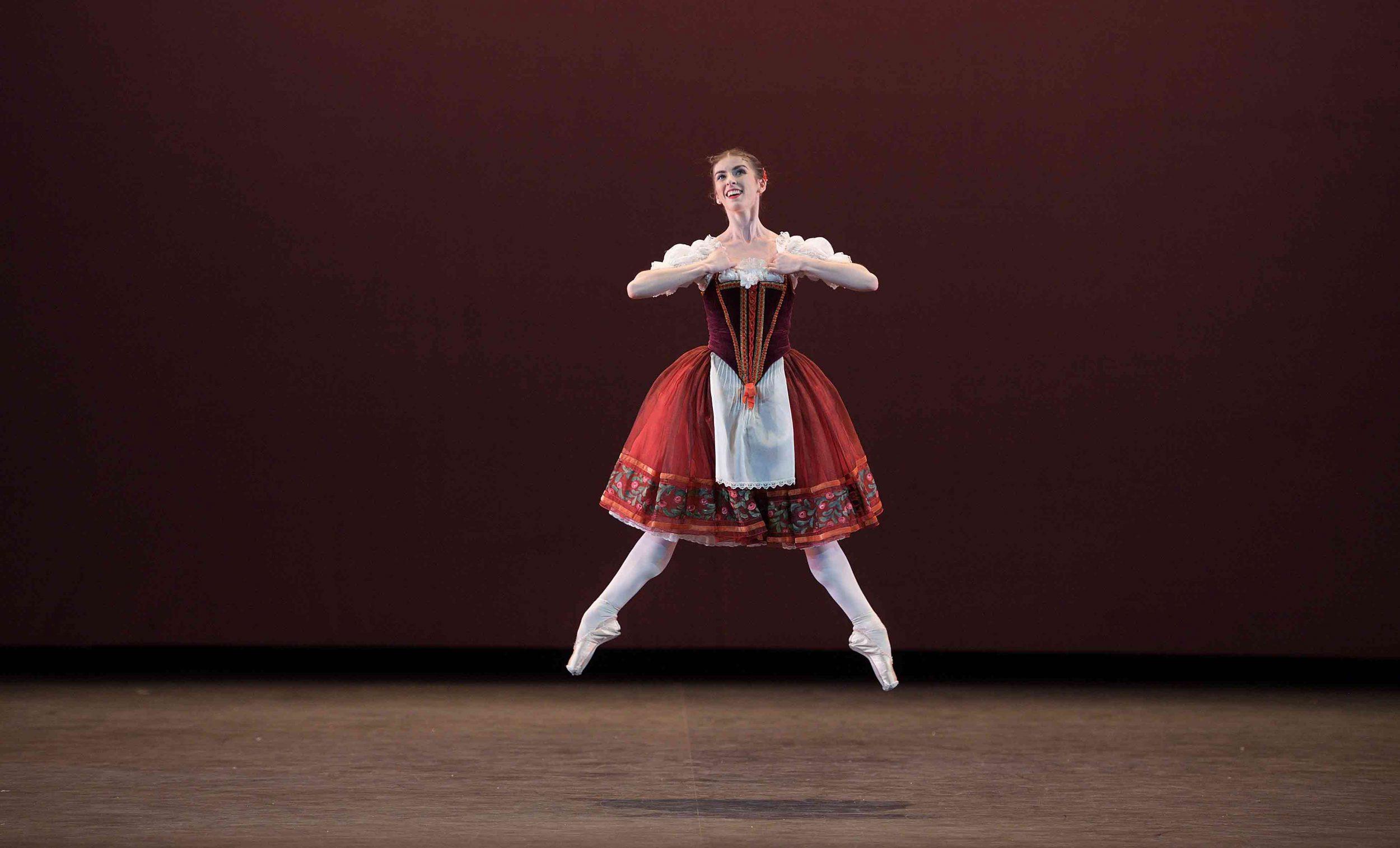 Connie-Vowles-performing-William-Tell-©-Laurent-Liotardo--(1)