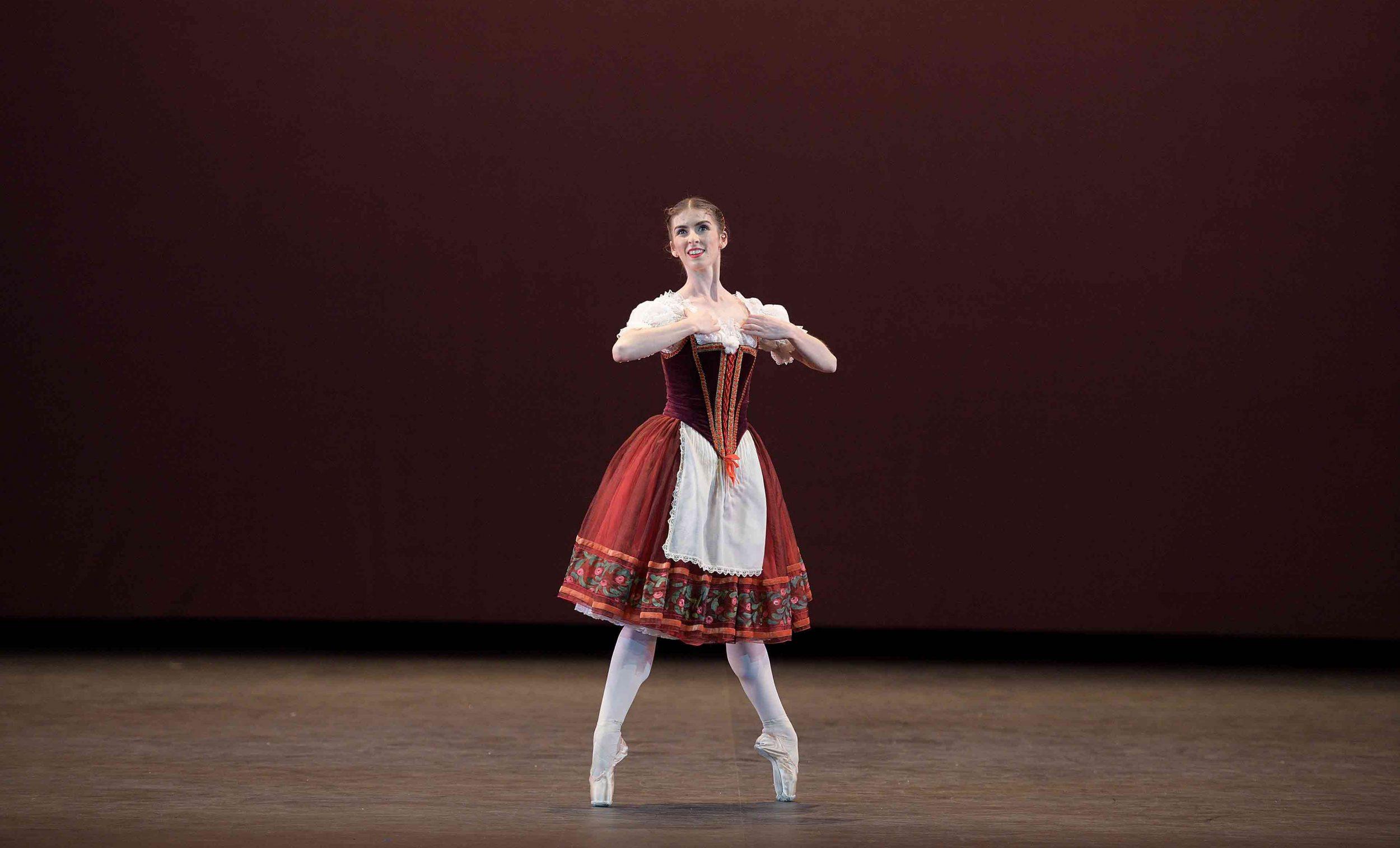 Connie-Vowles-performing-William-Tell-©-Laurent-Liotardo--(2)