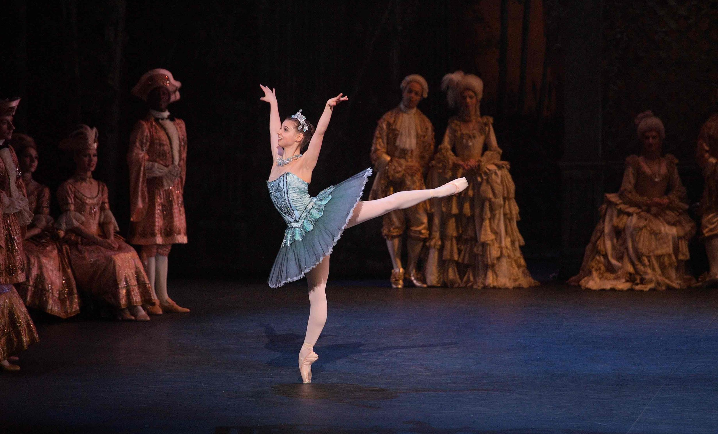 Julia-Conway-as-Princess-Florine-in-The-Sleeping-Beauty-©-Laurent-Liotardo-(3)_WEB
