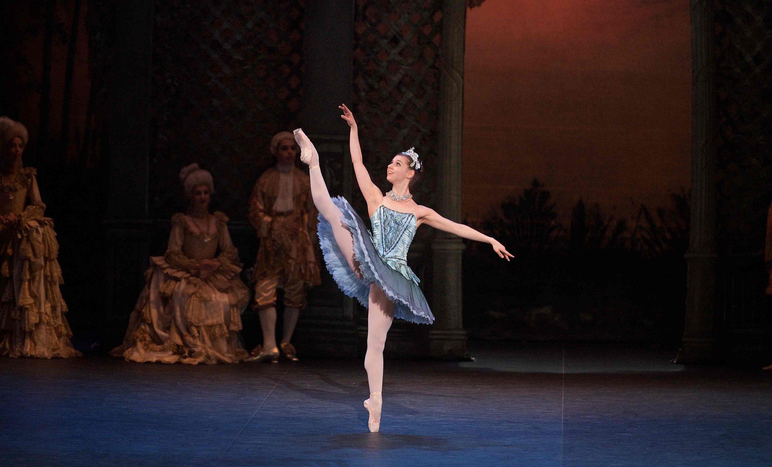 Julia-Conway-as-Princess-Florine-in-The-Sleeping-Beauty-©-Laurent-Liotardo_WEB