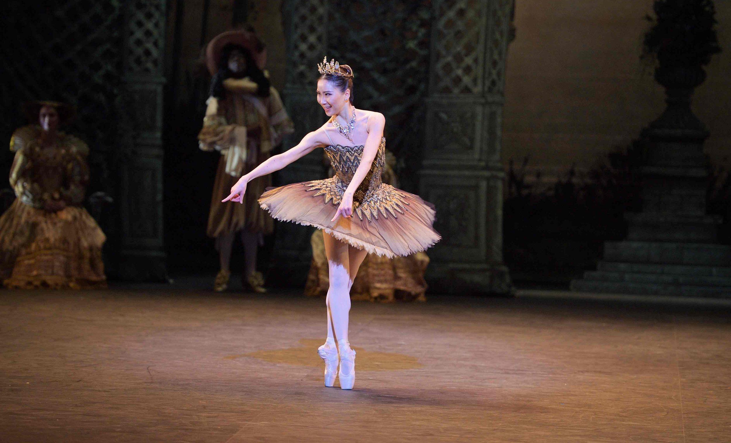 Rina-Kanehara-as-Fairy-of-the-Golden-Vine-in-The-Sleeping-Beauty-©--Laurent-Liotardo-(1)_WEB