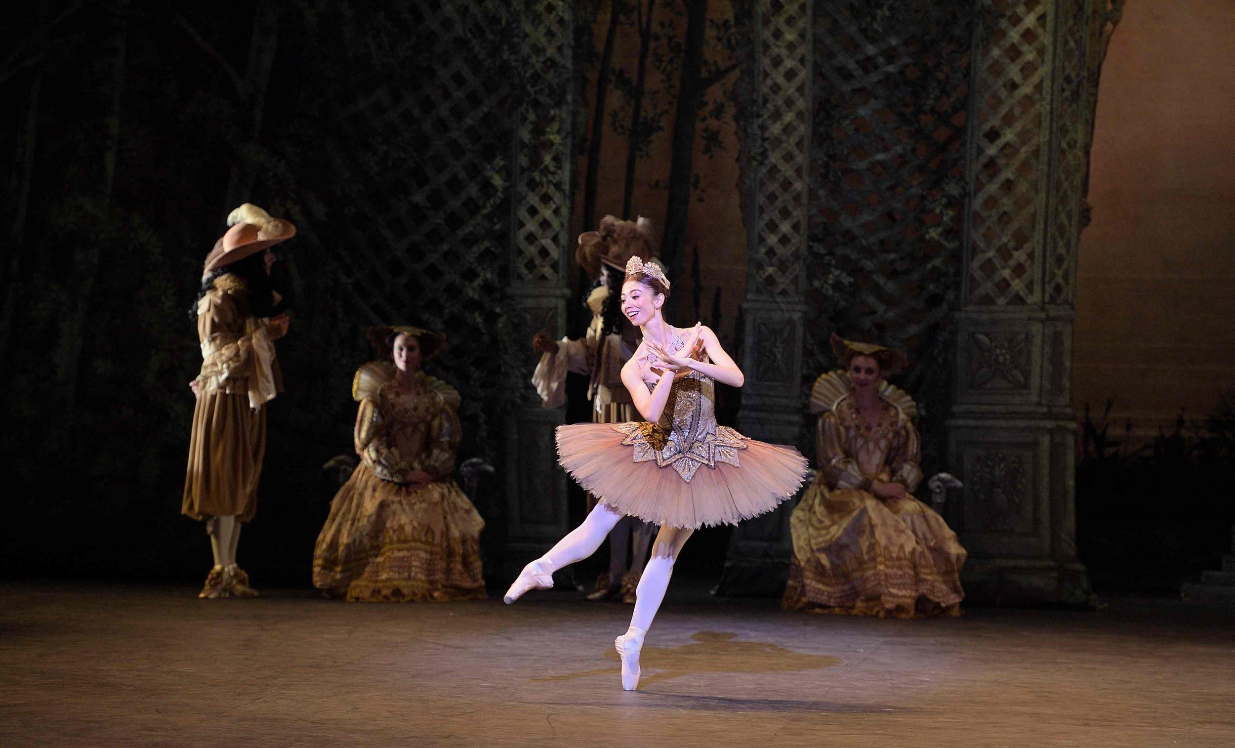 Senri-Kou-as-Songbird-Fairy-in-The-Sleeping-Beauty-©--Laurent-Liotardo-(2)_WEB