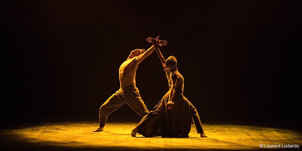 English National Ballet's Lest We Forget-Tamara Rojo and James Streeter in Dust by Akram Khan (c) Laurent (2)_TWITTER