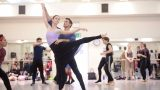 Alison-McWhinney-and-Daniel-Kraus-in-rehearsals-for-Manon-(c)-Laurent-Liotardo_WEB
