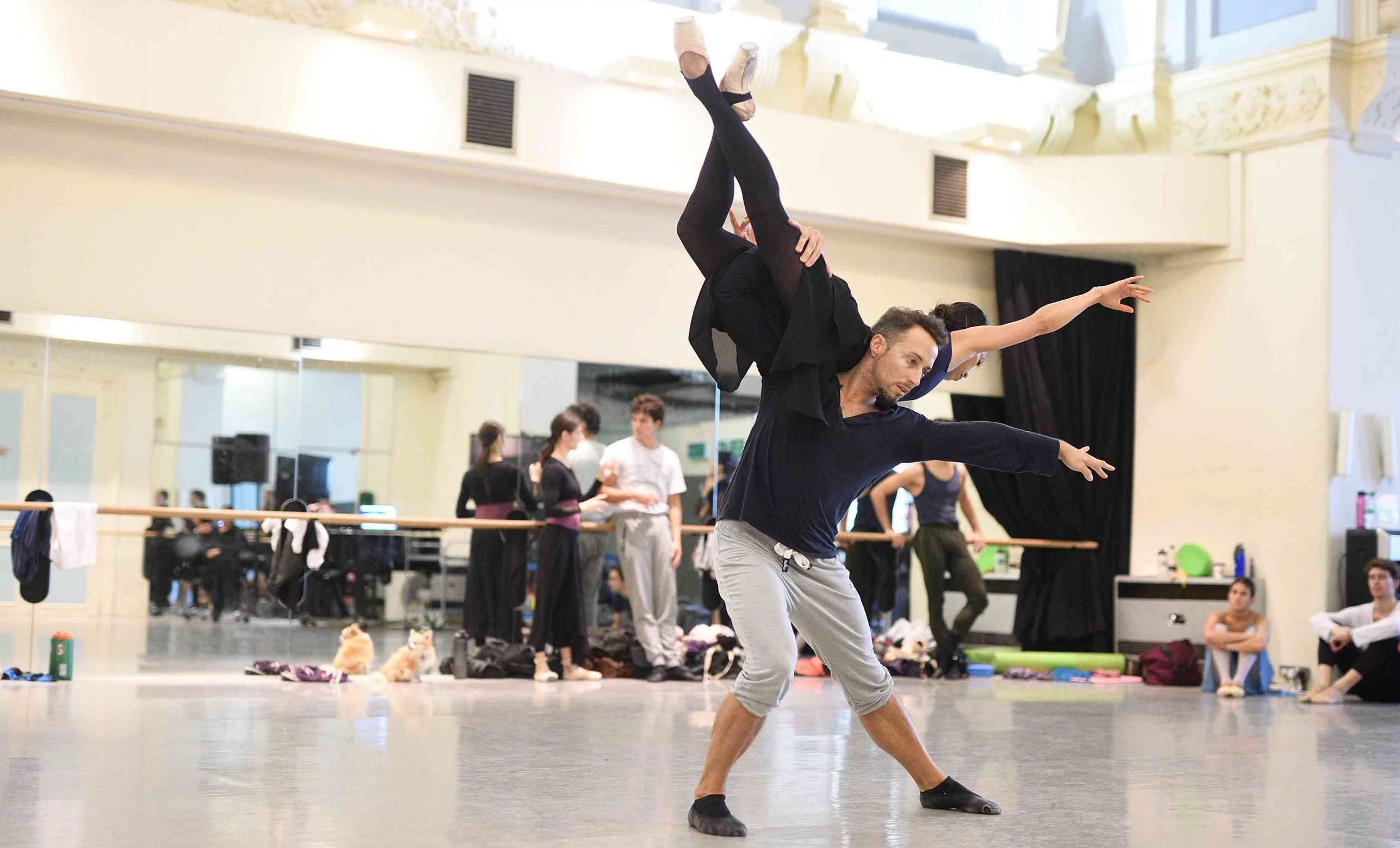 Erina Takahashi and Fabian Reimair in rehearsals for Liam Scarlett's No Man's Land © Laurent Liotardo.