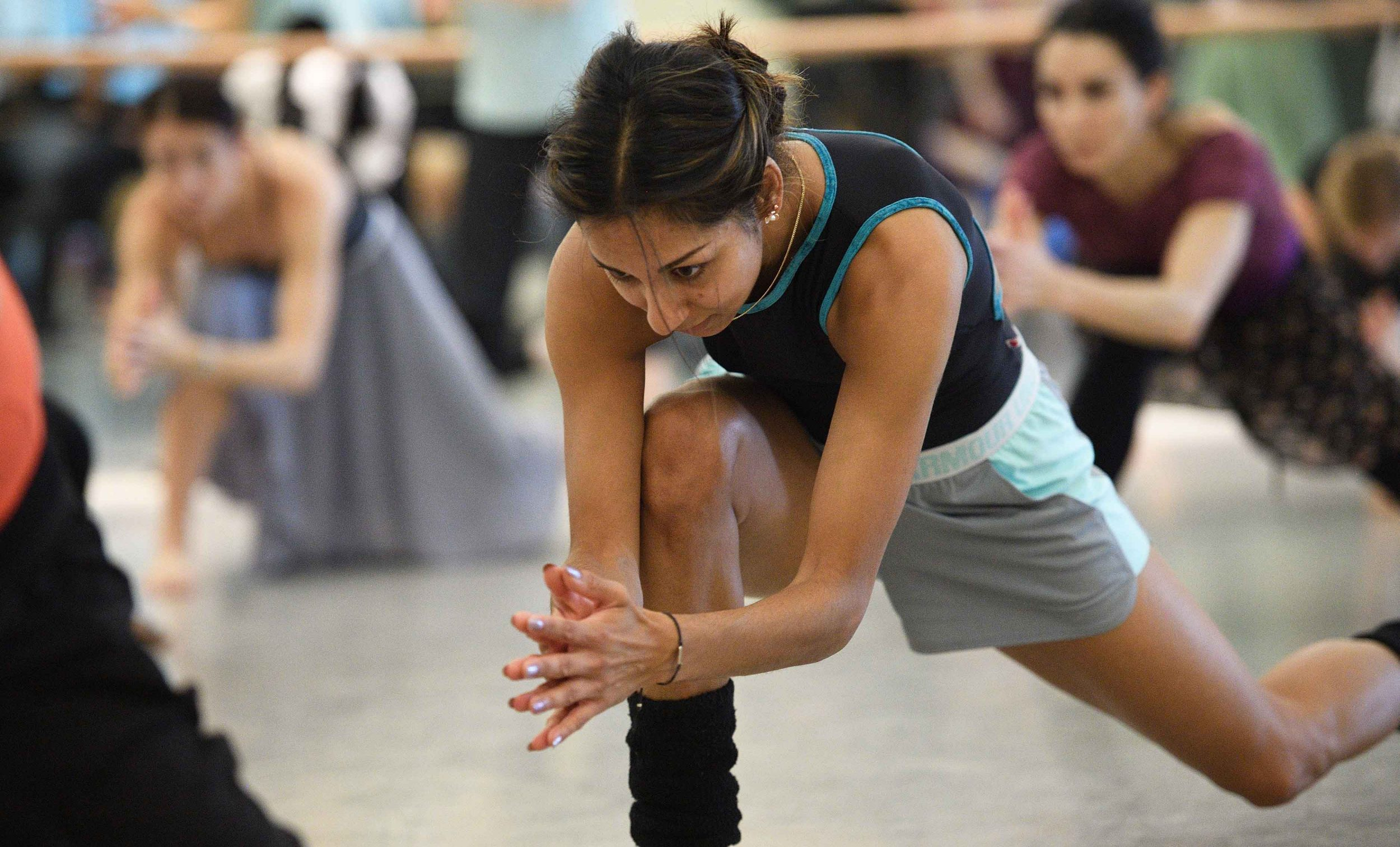 Sarah Kundi in rehearsals for Akram Khan's Dust © Laurent Liotardo.