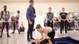 Daniel-Kraus,-Alison-McWhinney-and-Ken-Saruhashi-in-rehearsals-for-Manon-(c)-Laurent-Liotardo_WEB