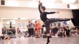 Francesco-Gabriele-Frola-in-rehearsals-for-Manon-(c)-Laurent-Liotardo_WEB