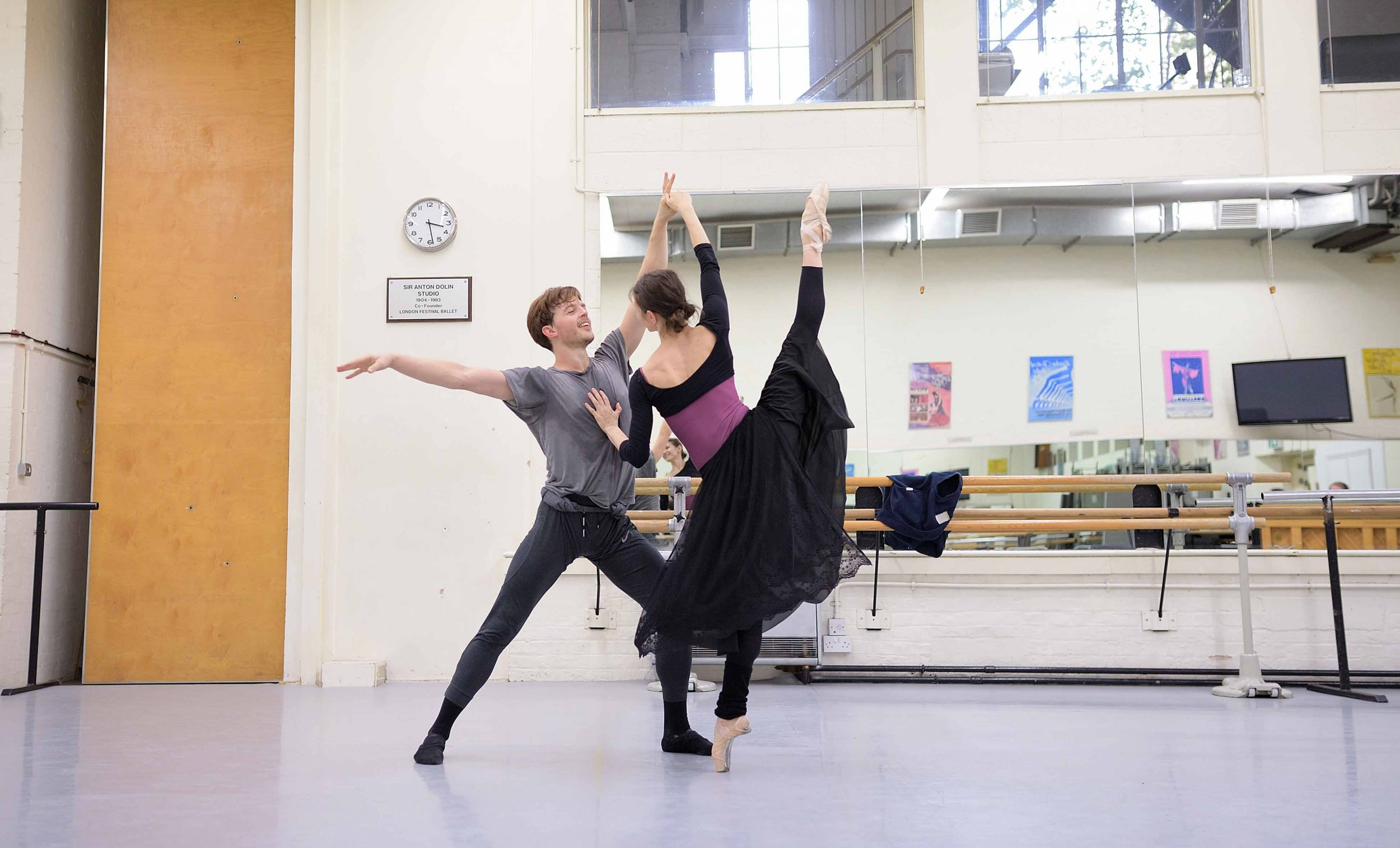 Alina-Cojocaru-and-Joseph-Caley-in-rehearsals-for-Manon-(c)-Laurent-Liotardo_WEB