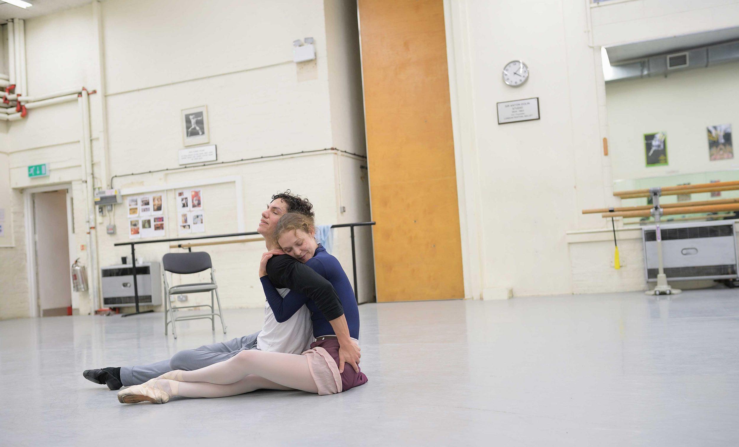 Isaac-Hernandez-and-Jurgita-Dronina-in-rehearsals-for-Manon-(c)-Laurent-Liotardo-(5)_WEB