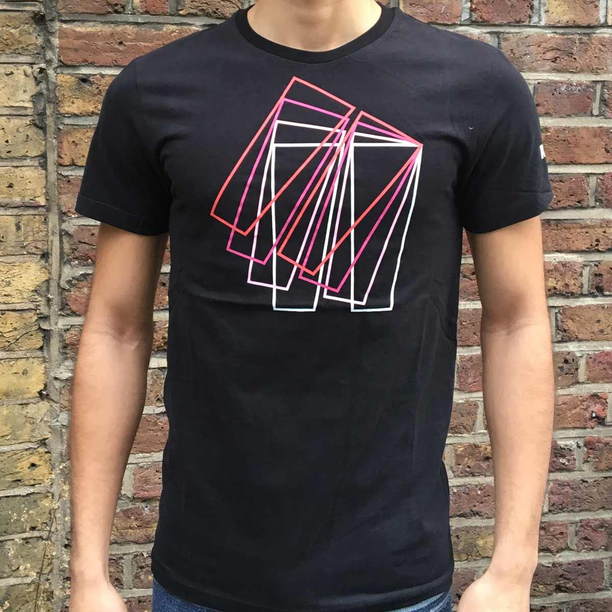 Product-Image-Daniel-Tshirt-detail